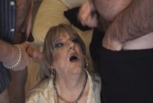 British Mature Tranny Slut in MMTV 3 Way